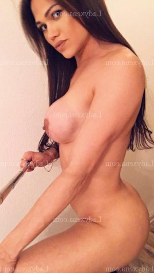 Jemma ladyxena massage érotique
